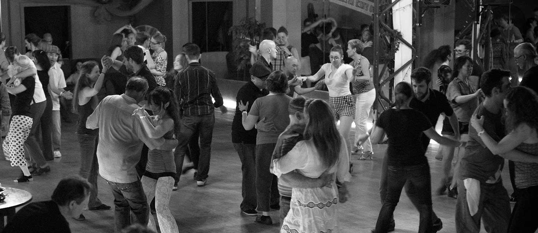 Blues Dancing in Los Angeles